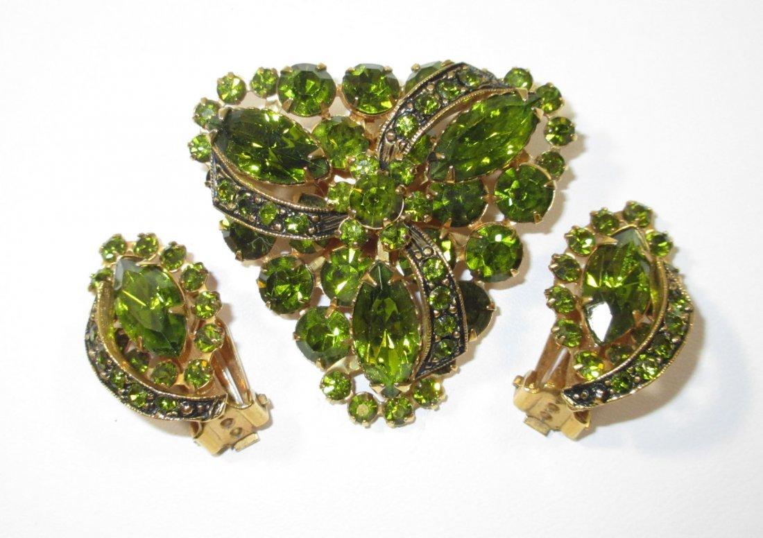 Peridot Glass Ribbon Rhinestone Brooch Set