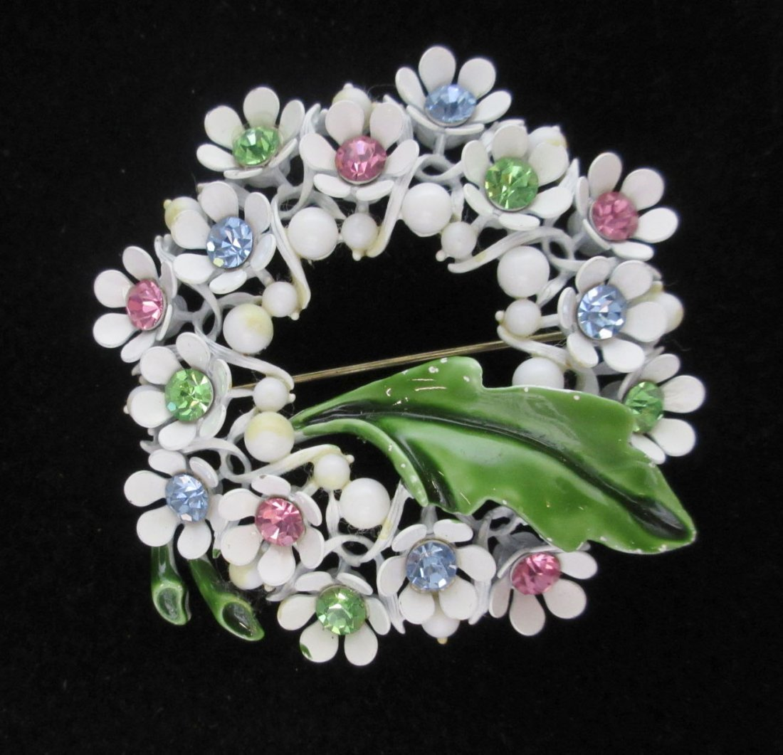 4pc. Enameled Metal, Lucite Spring Flower Jew. - 4