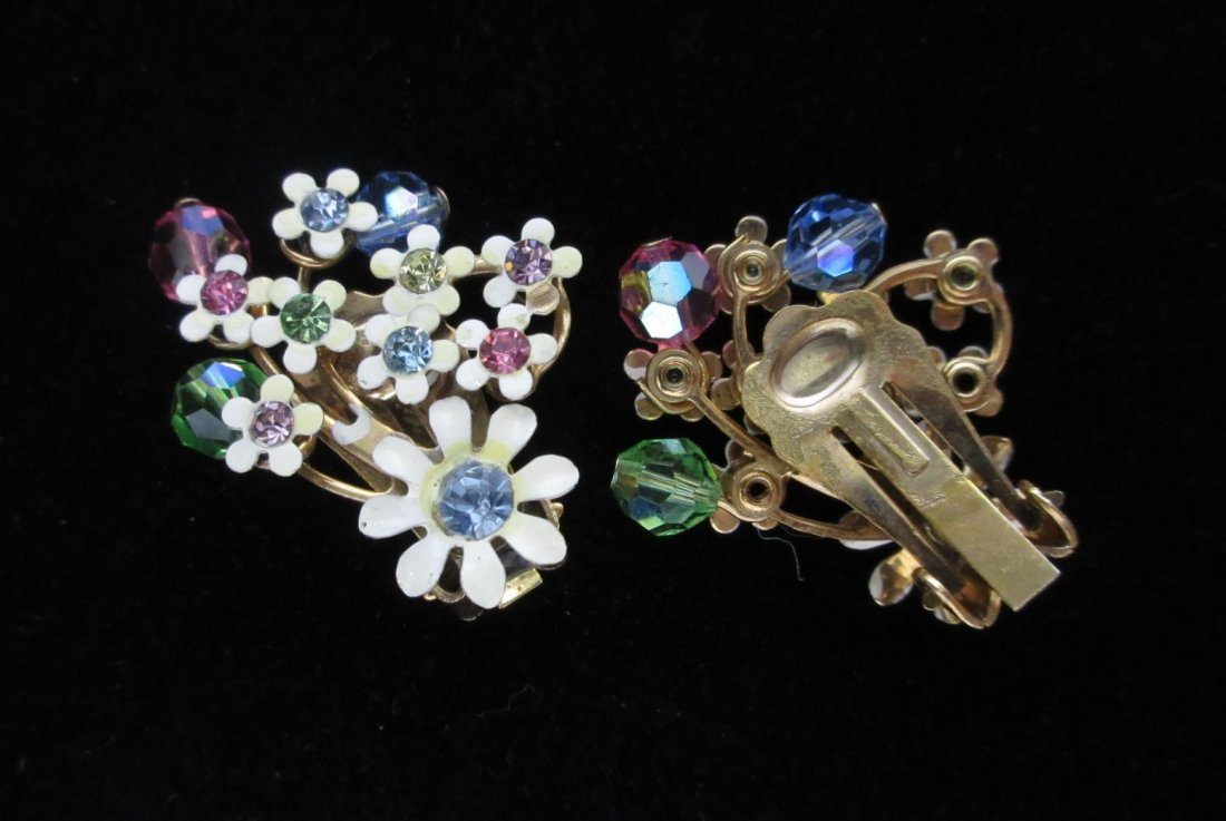 4pc. Enameled Metal, Lucite Spring Flower Jew. - 6