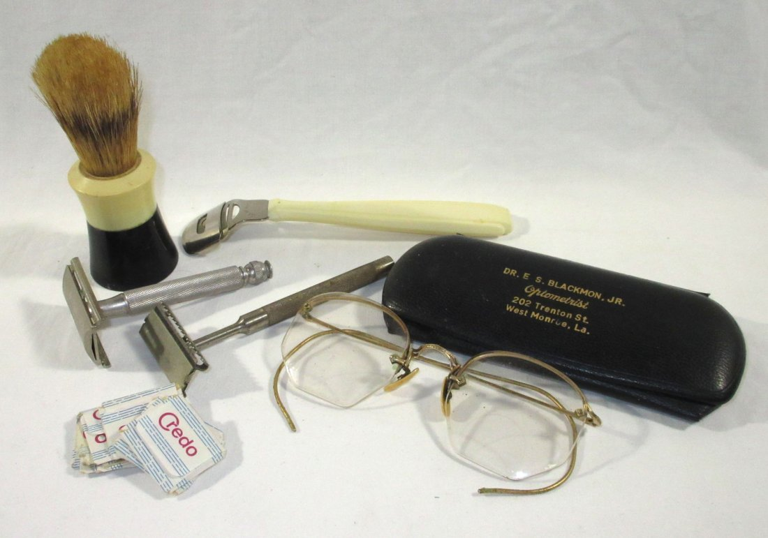 Assorted Collection of Men's Shaving Equipment