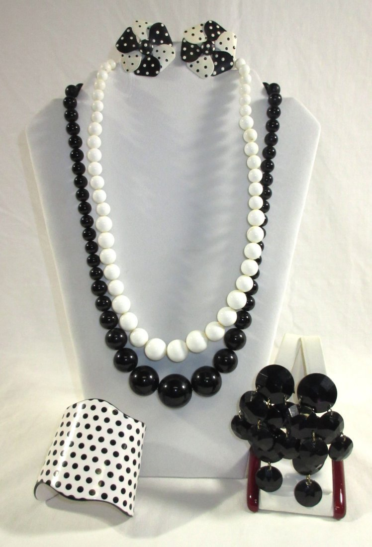 Fun Collection of Black/White MOD Jewelry 4pc