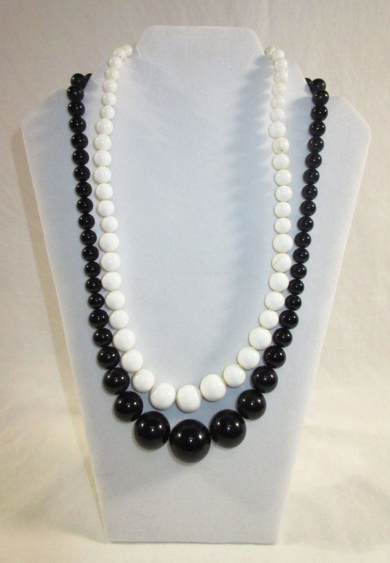 Fun Collection of Black/White MOD Jewelry 4pc - 2