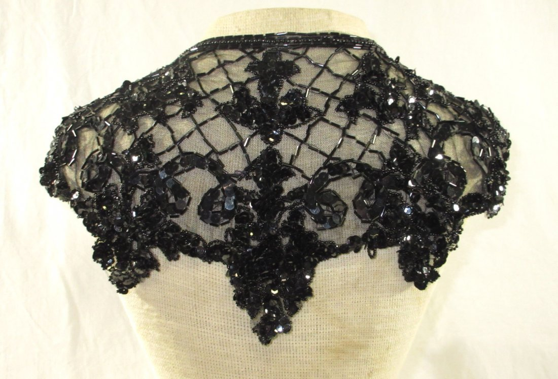 Lovely, Unique Blk lace & Sequined Collar - 3