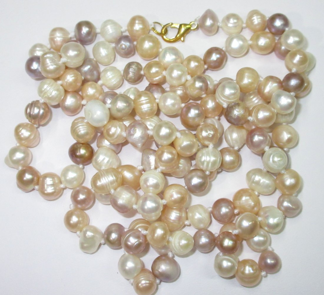 Fabulous 70's H.T.'d Genuine Circle Pearl Necklace - 4