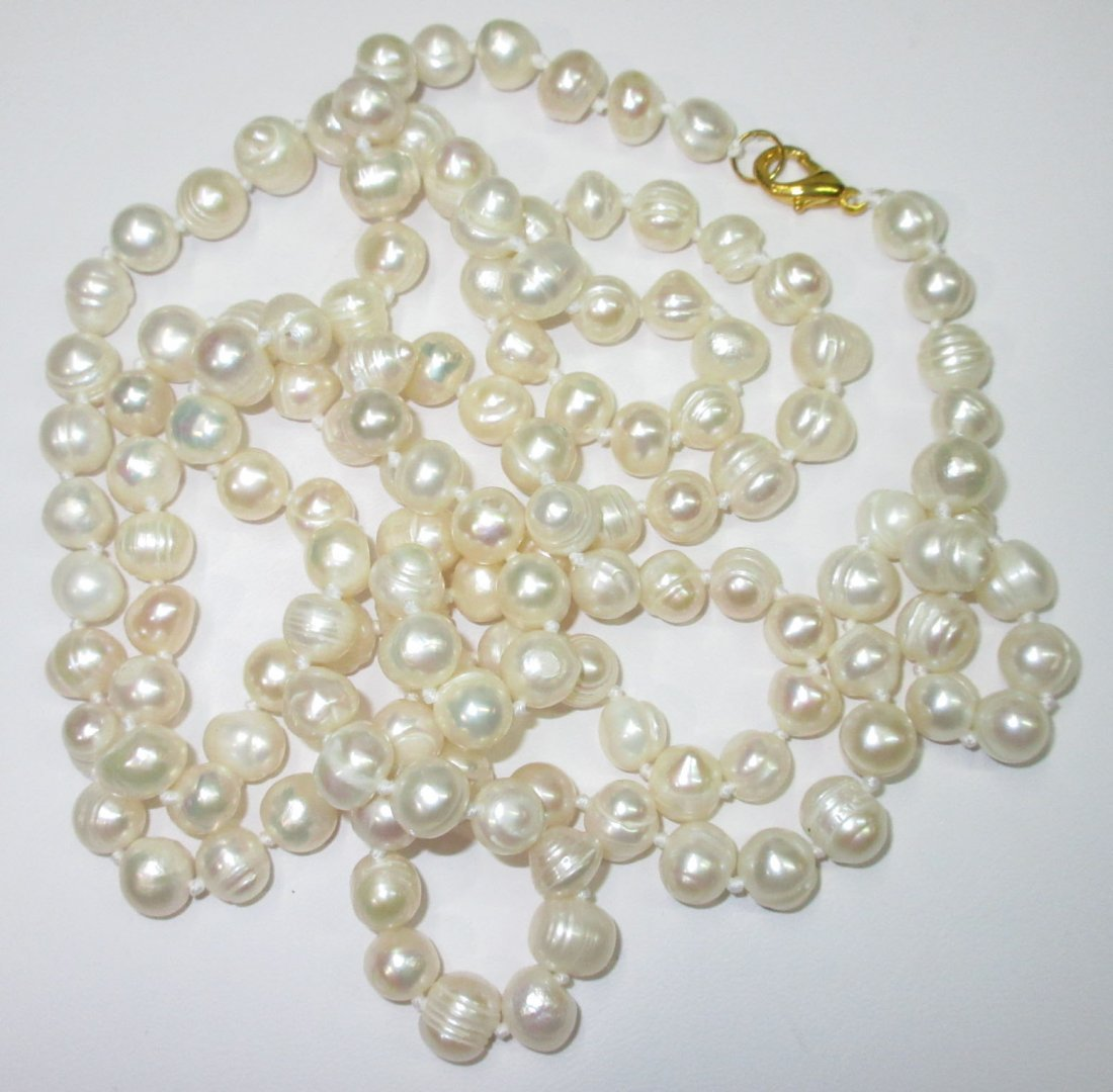 Quality 70's H.T.'d Genuine Circle Pearl Necklace - 3