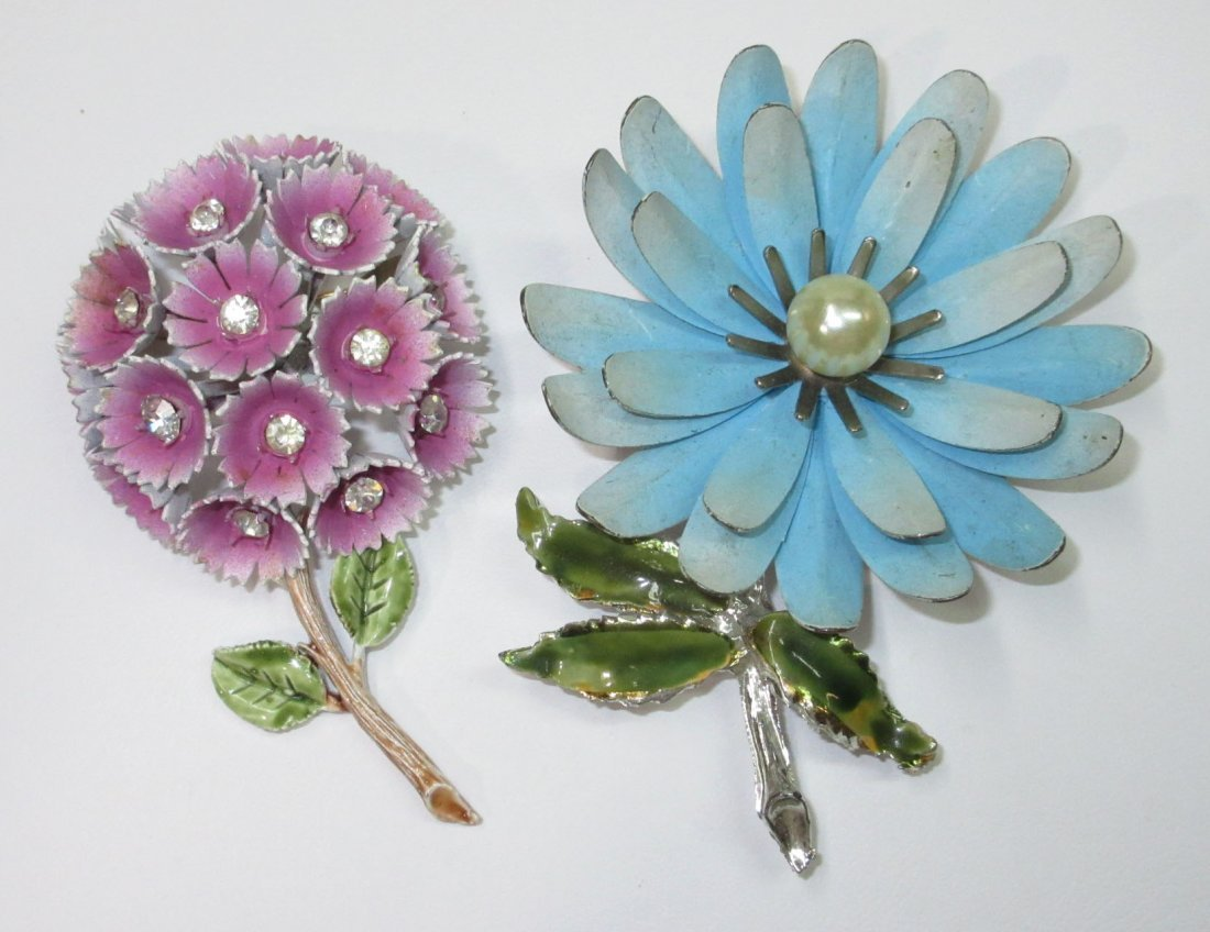 Coro Enameled Metal Flower Pin's & Earrings 5pc - 2