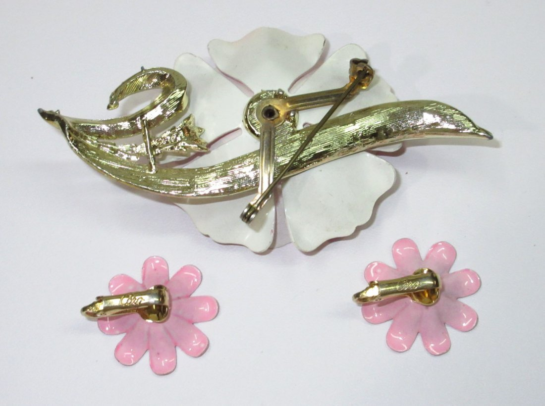 Coro Enameled Metal Flower Pin's & Earrings 5pc - 5