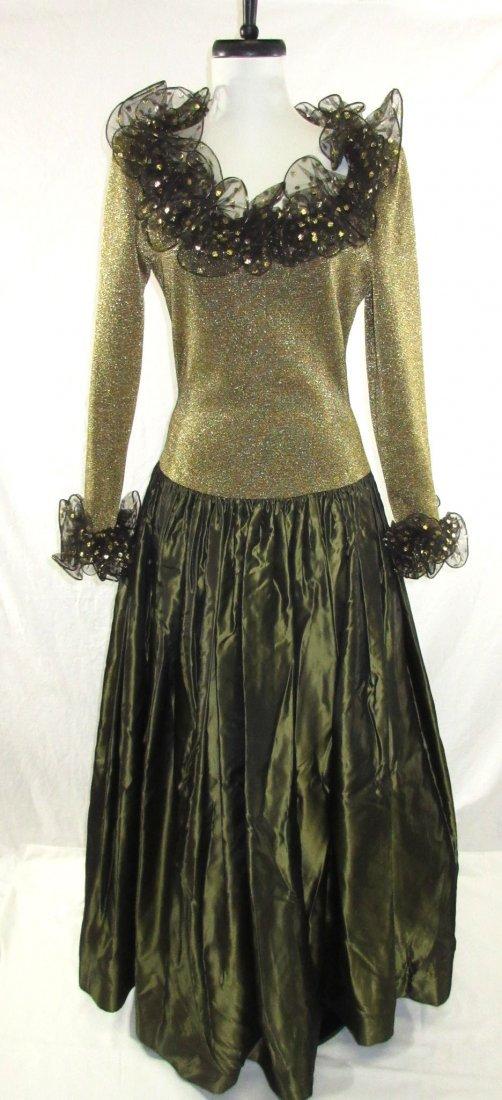 Stunning Oscar De LaRenta Formal 1980's Gown
