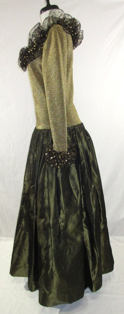 Stunning Oscar De LaRenta Formal 1980's Gown - 6