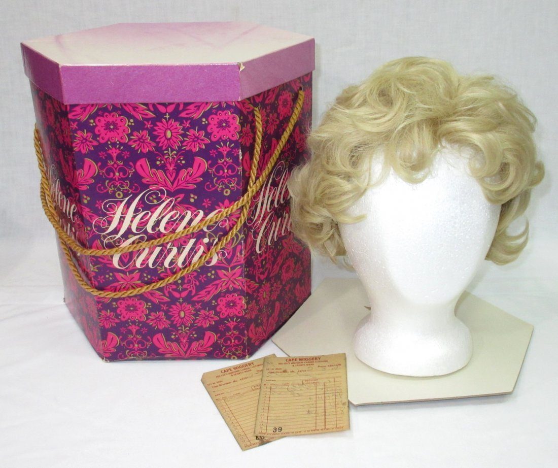 Vtg Modacrylic Fiber 70's Wig in Wig Box