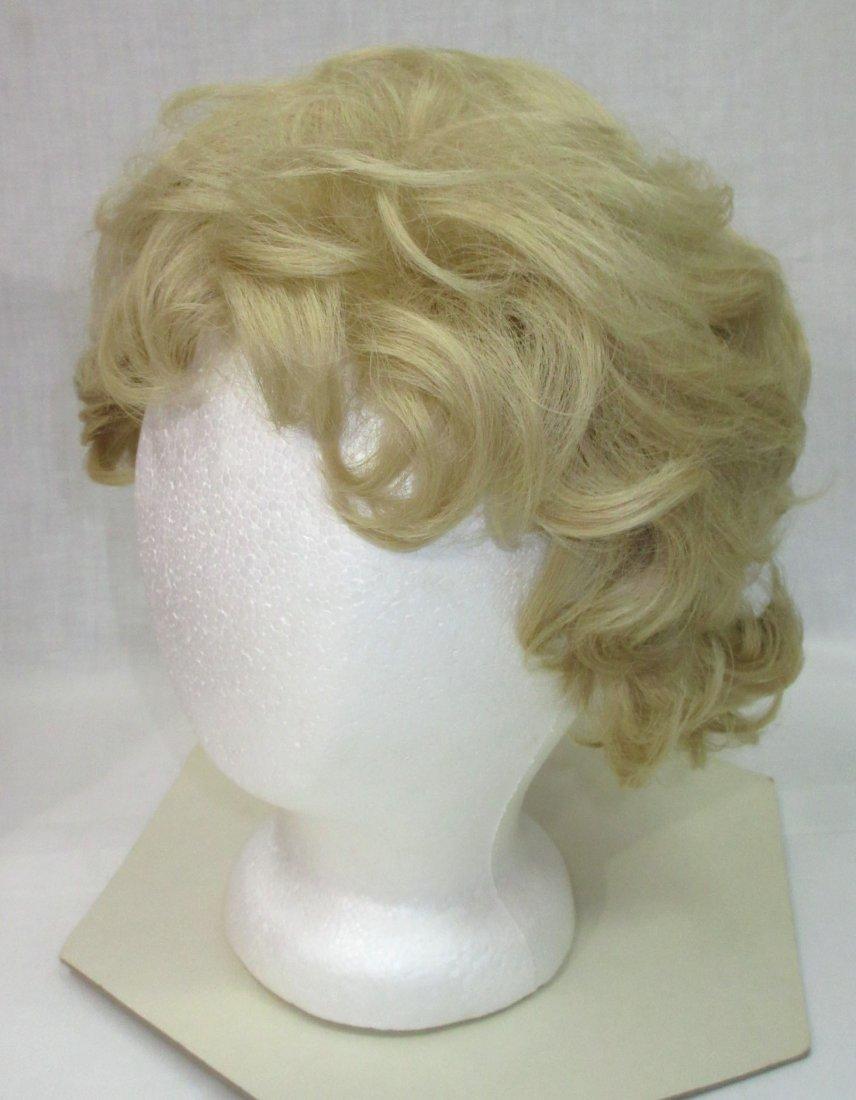 Vtg Modacrylic Fiber 70's Wig in Wig Box - 3