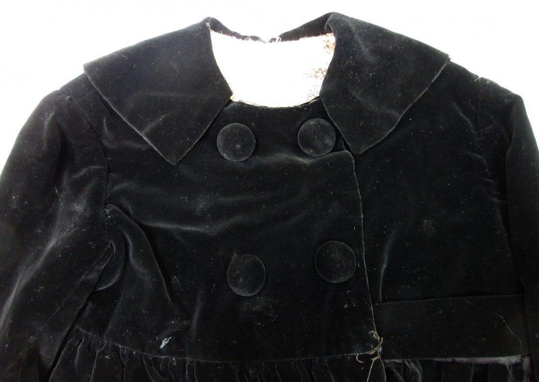 30's or 40's Black Velvet Child's Coat - 2