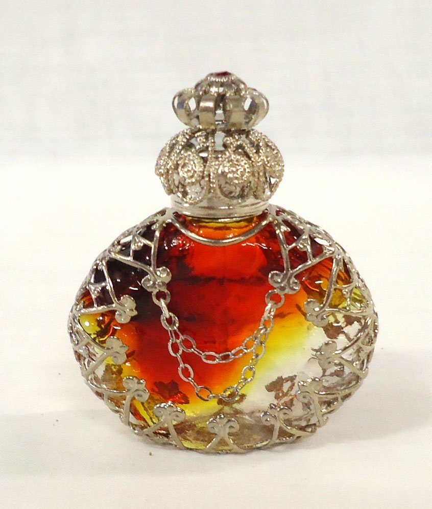 Amberina w/ Filigree Perfume Bottle