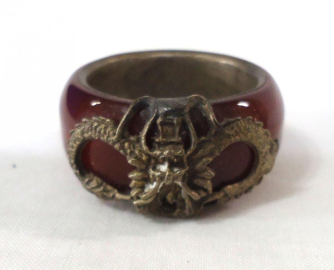 2 Oriental Rings - 4