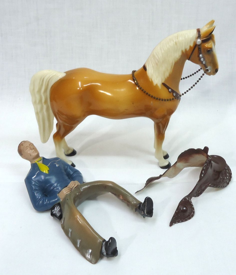 Hartland Cowboy & Horse - 4