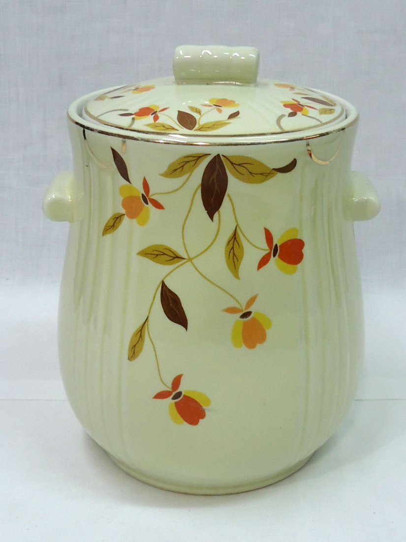 "Halls "" Autumn Leaf"" Cookie Jar"