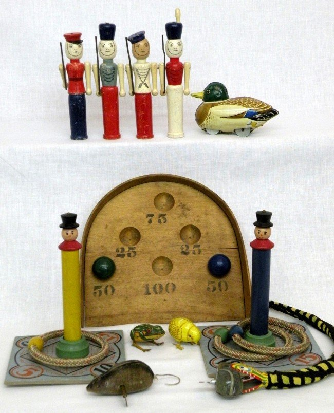 3: Group of mechanical & wooden toys