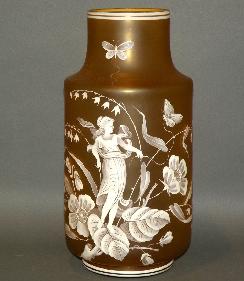 117: Paint decorated amber glass vase