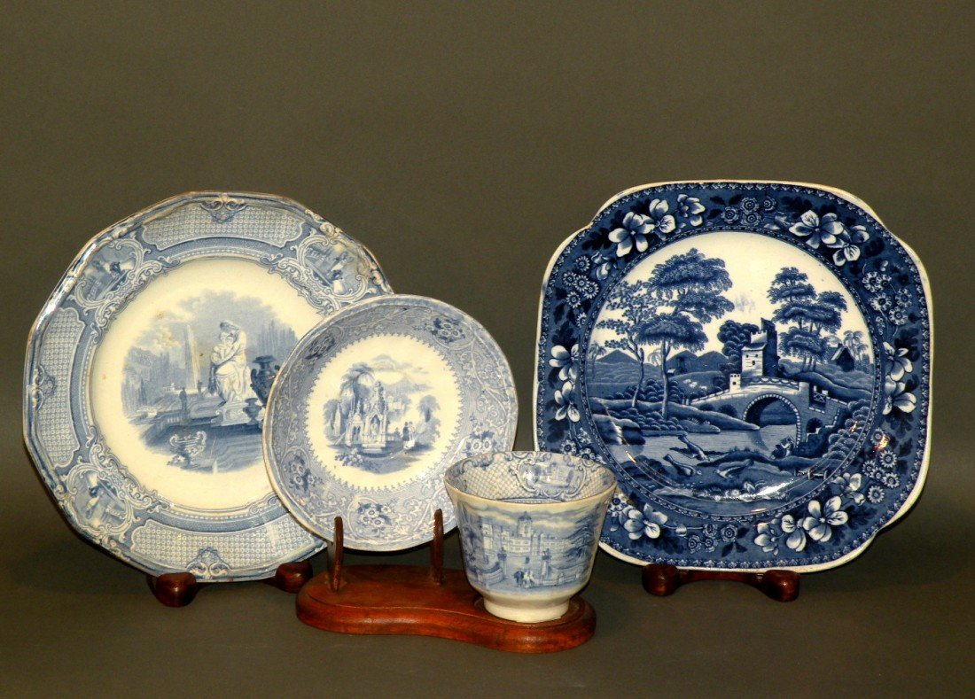 158: 4 pieces of blue transfer china