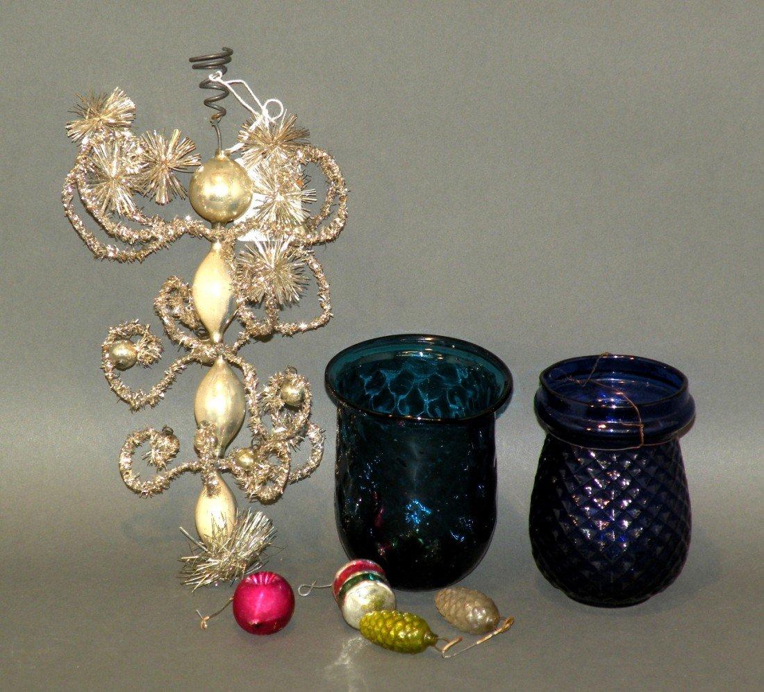 166: 4 tree decorations & 2 Stiegle style lamps