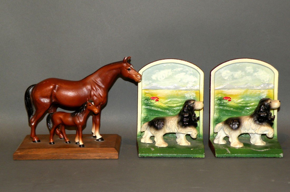 384: Hubley iron paperweight & bookends