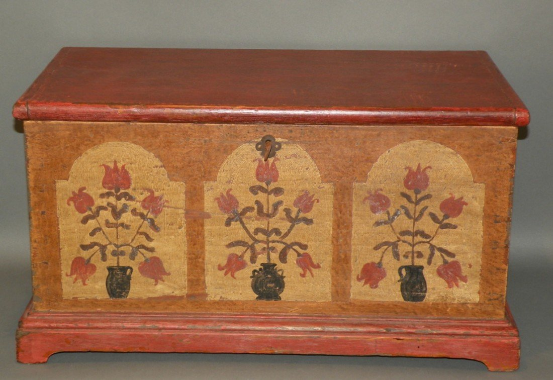 554: Seltzer style miniature blanket chest