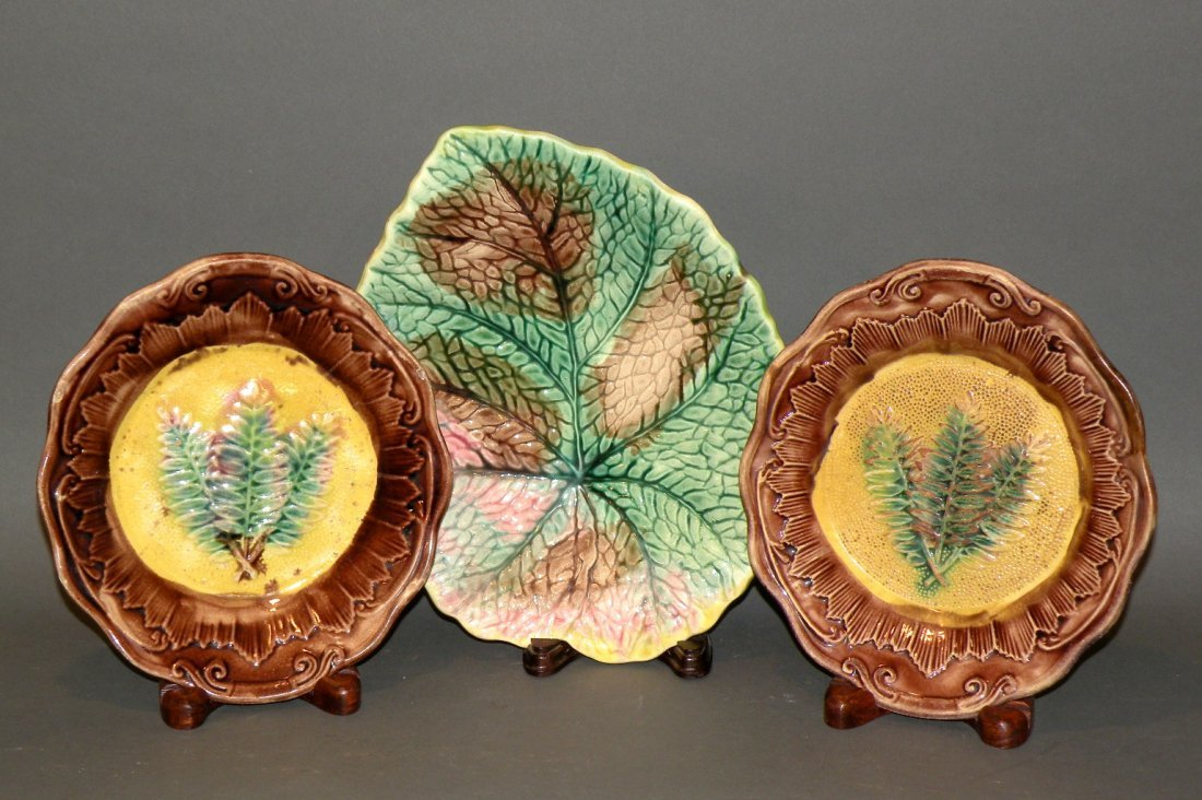 394: 3 Majolica leaf plates