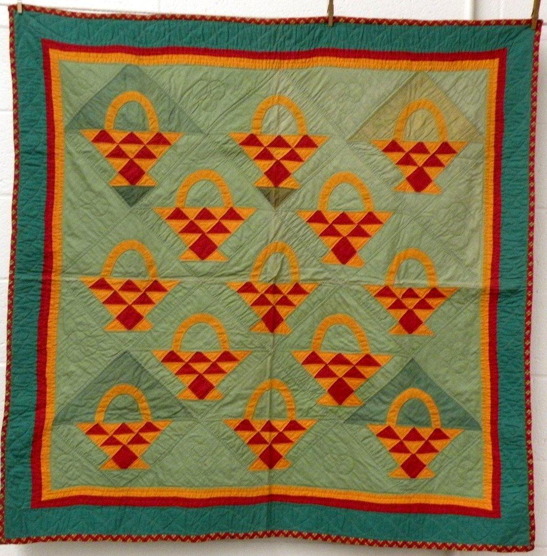 399: Basket pattern crib quilt