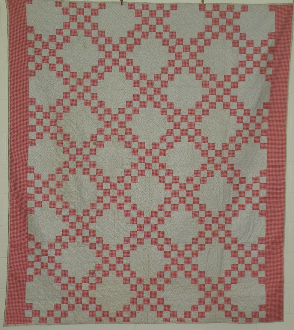 400: Irish chain pattern patchwork quilt