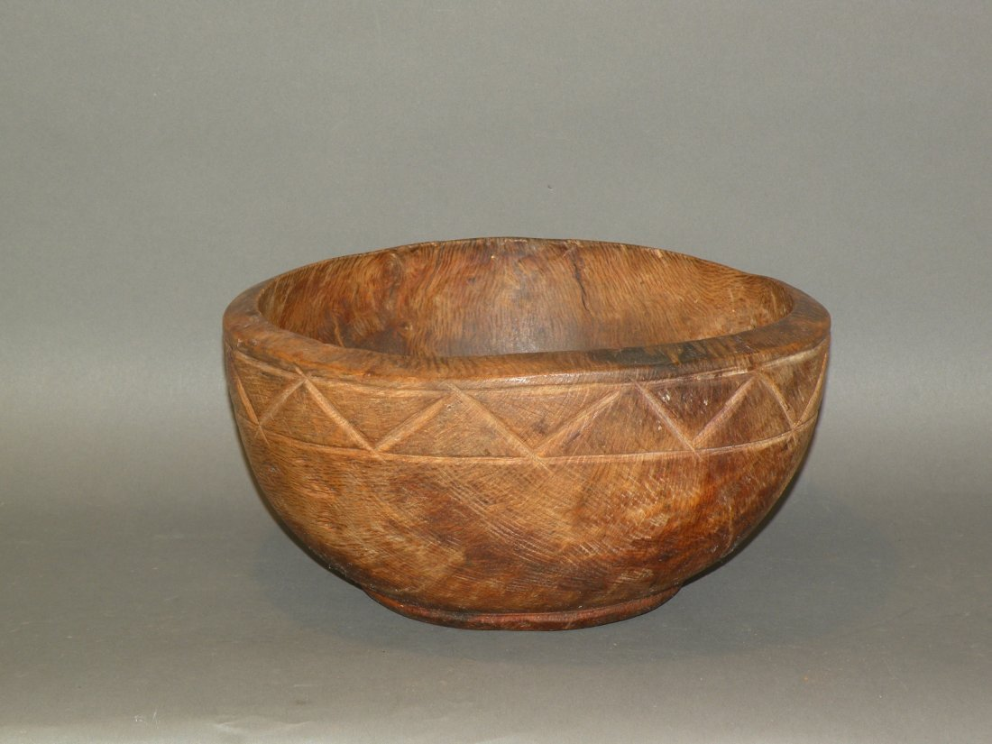465: Footed burl bowl