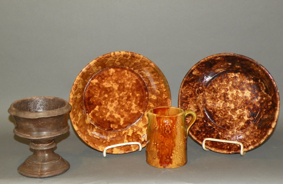 540: 4 pieces of pottery