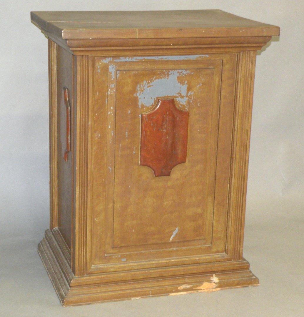 9: Snow Hill grain painted pulpit