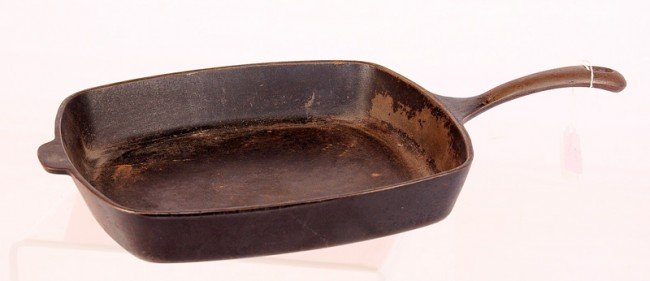 7: Sq. Griswold #57 Fry Pan
