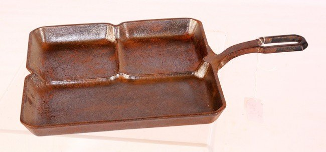 9: Square Griswold Colonial Breakfast Skillet