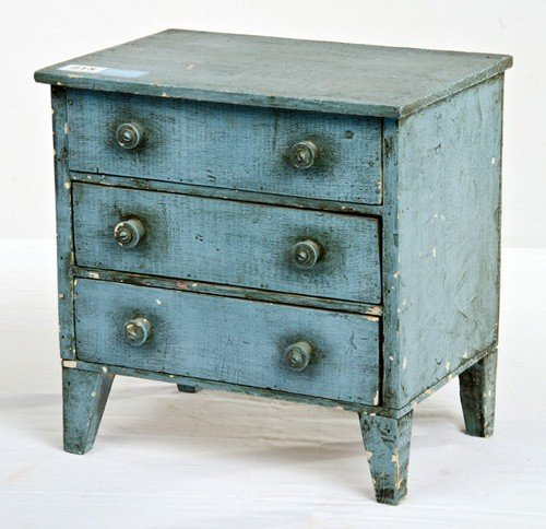 "18: Blue Child's Three Drawer Dresser 15"" Tx 15"" W"