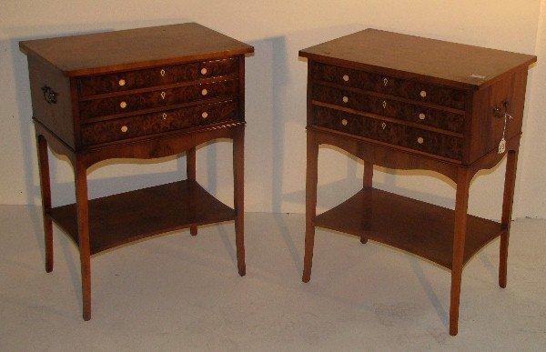 327: Pair of English three-drawer side tables, 19th cen