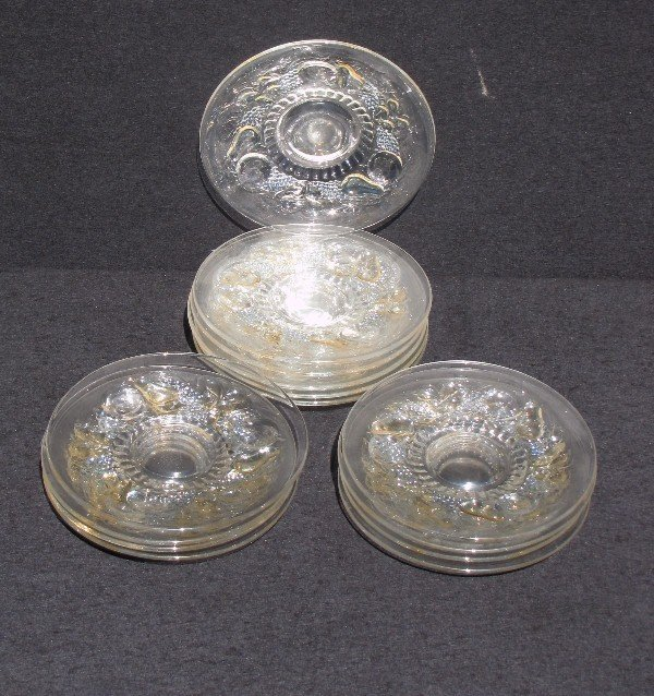 2: Set of 14 clear and colored glass fruit plates. Diam
