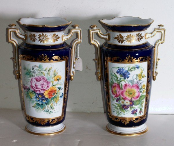 3:   German porcelain two-handle vases, cobalt blue gro