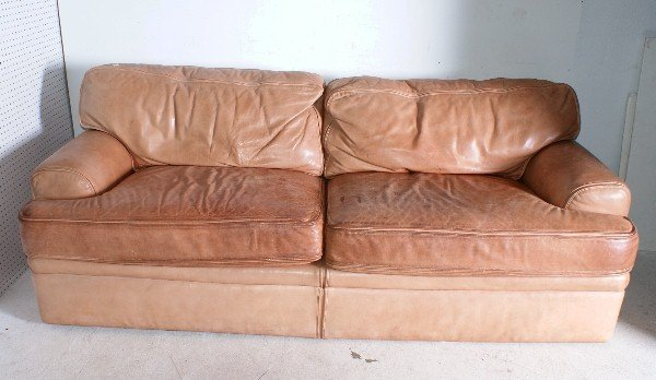 "129:  Drexel/Heritage Leather Sofa. H: 33"" W: 84"" ."