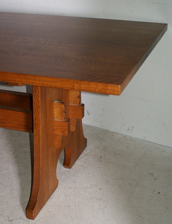 """45: Stickley oak dining table with 2 leaves. H: 30 1/4"""" - 2"""