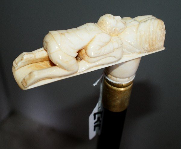 272: Carved ivory walking stick with erotica pommel. 36 - 3