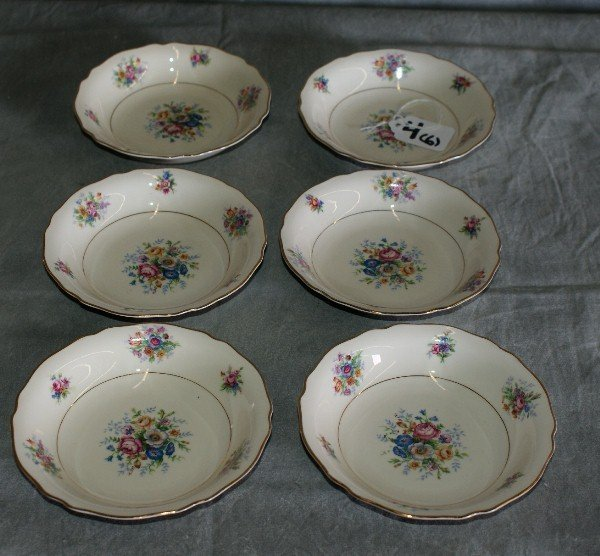 4: Six Bavaria porcelain plates.