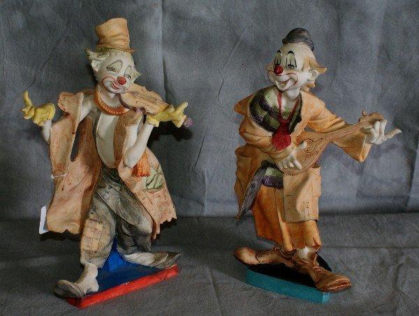 14: Pair of clowns.