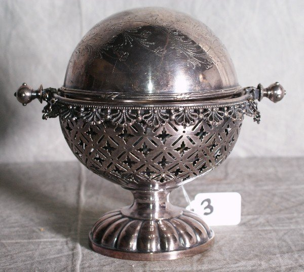 3:  American silver plate dome covered butter dish. H:7