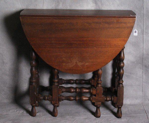 "Barley twist mahogany gate leg drop side table. H:29.5"""