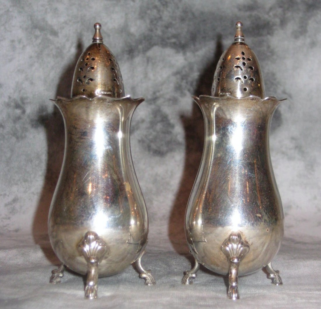 Wallace sterling silver Grand Colonial pattern salt