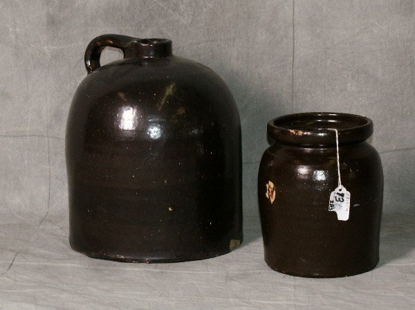 """2 pieces of pottery, one crock and 1 vase. Crock H:12"""""""