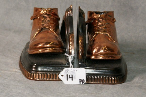 """Pair brass colored shoe bookends. H:4.25"""" L:7"""" W:3.5"""""""