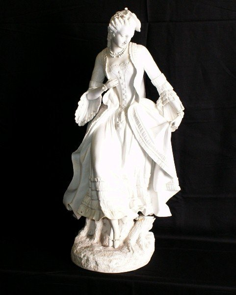 """19th C Parian porcelain figure of a woman. H:23"""""""