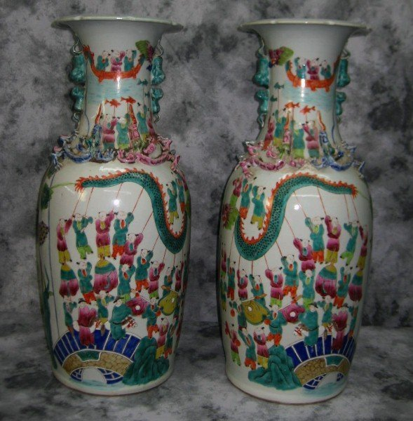 Pr large 19th c Chinese famille rose porcelain vases